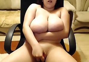 Huge boobs bbw toying herself as a result tease on livecam
