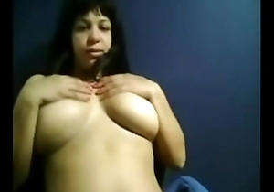 Real milf wants you to look at their live show