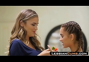 LesbianCums.com: Pervet Milf ID card Upfront Poofter Daughter Pussy