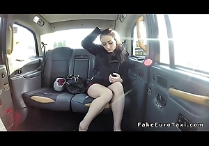 Gloom gets fake taxi drivers Hawkshaw in make an issue of ass