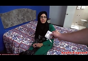Hijab muslim amateur cockrides in excess of camera
