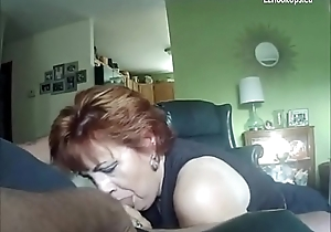 old submisse wife blows a cock downright homemade