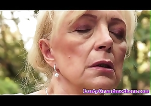 Saggy european granny pussylicked and screwed