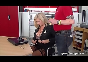 Groupbang queen Marina fucked by the whole shebang pack