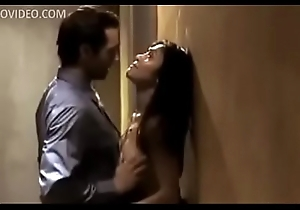 Couple fucking in bring to hotel hallway