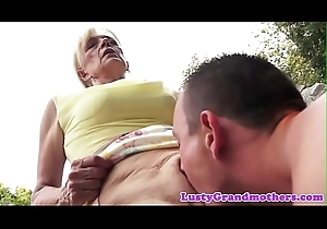 Pussy banged gilf shakes her bigtits