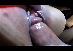 Closeup Shacking up for a Hot Squirting Pussy