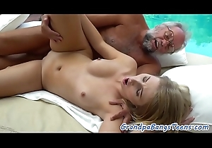 Seducing 18yo babe fucked wide of grand-dad pov